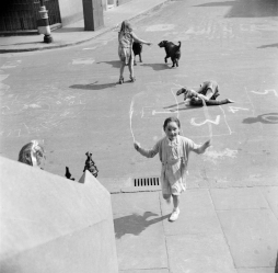 Nigel Henderson, Photograph of children playing on Chisenhale Road, London (c.1949-c.1956) © Nigel Henderson Estate and Photographic Rights © Tate (2015). Available under a CC-BY-NC-ND 3.0 (Unported) licence Photo credit: http://www.tate.org.uk/art/archive/tga-201011-3-1-144-2/henderson-photograph-of-children-playing-on-chisenhale-road-london