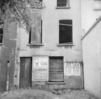 Nigel Henderson, Photograph showing a derelict building (c.1949-c.1956) © Nigel Henderson Estate and Photographic Rights © Tate (2015). Available under a CC-BY-NC-ND 3.0 (Unported) licence Photo credit: http://www.tate.org.uk/art/archive/tga-201011-3-1-50-4/henderson-photograph-showing-a-derelict-building